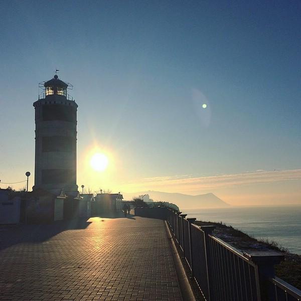 Анапский маяк в прекрасный январский день